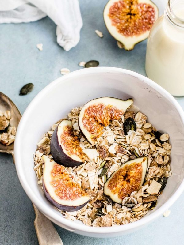 Healthy Nutritional Breakfast for Breastfeeding Moms